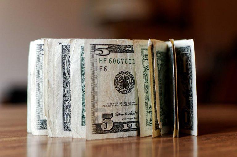 Remont domu, mieszkania - czy warto wziąść kredyt?